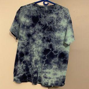 Men's tie dye/acid wash tee